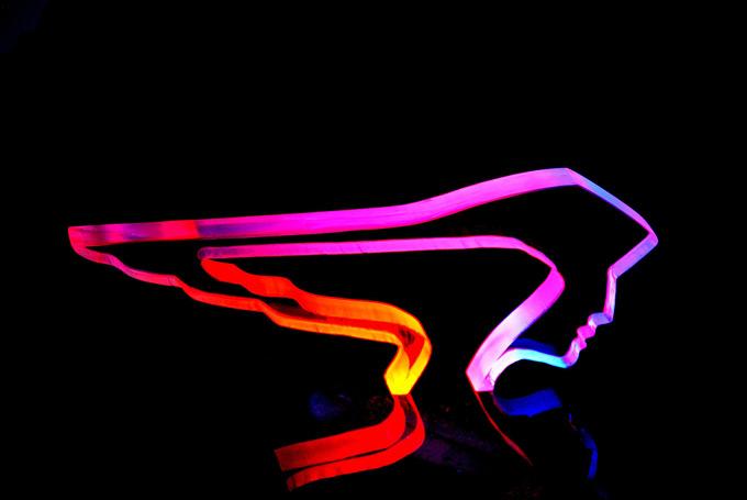 L'oiseau de feu, sculpture en verre luminescent - Yves Braun
