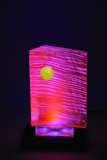 Boréales, sculptures de verre fluorescent - Yves Braun